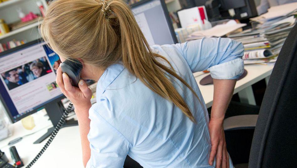 Rückenschmerzen bei der Arbeit: Ein häufiger Grund für Berufsunfähigkeit