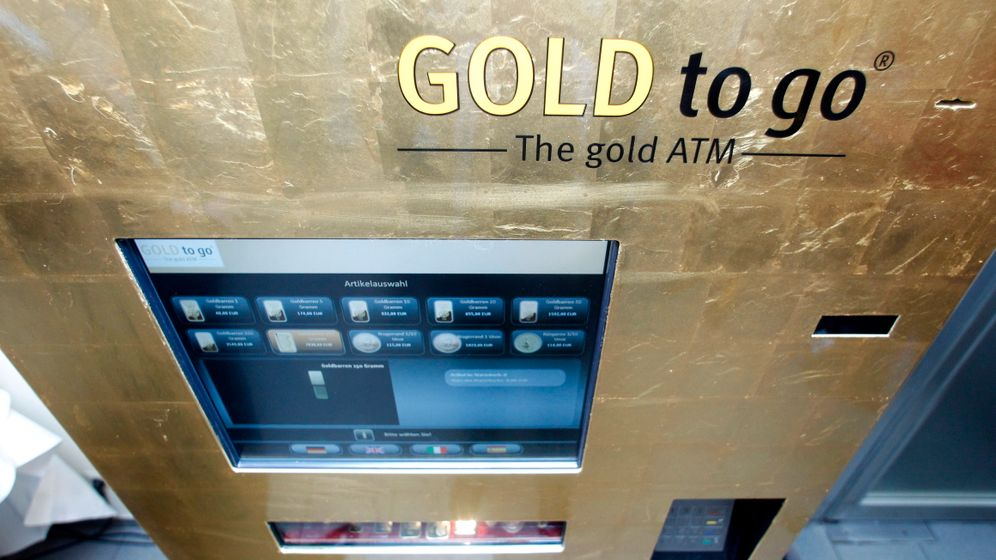 Photo Gallery: Cash In, Gold Out