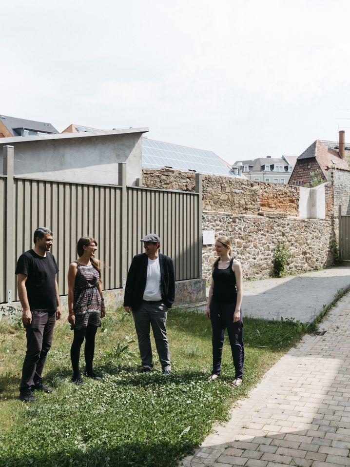 Ahmad Alajlan, Ina Schäfer, Sebastian Kurtenbach, Elisa Ribbe (v.l.n.r.)