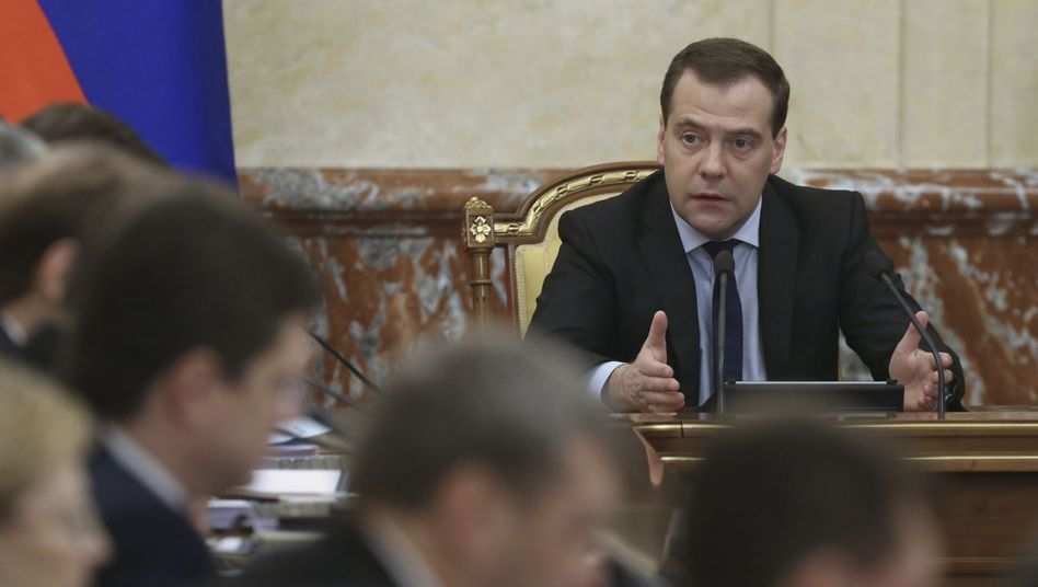 Russlands Ministerpräsident Medwedew: Angeblich Tausende Flüchtlinge in Russland