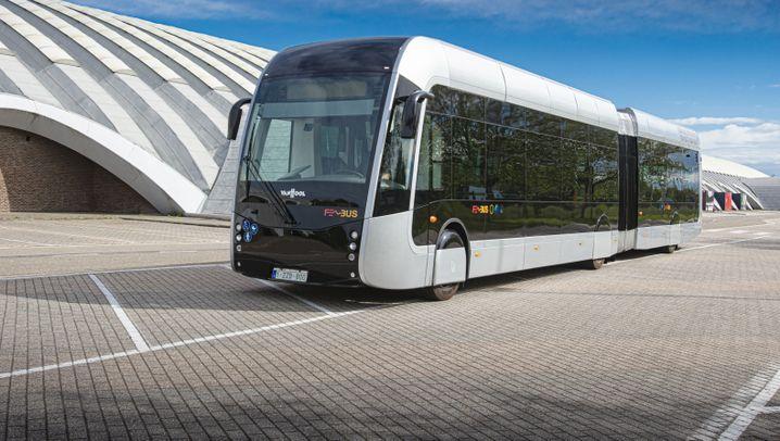 Fotostrecke: Paus neuer Wasserstoff-Bus