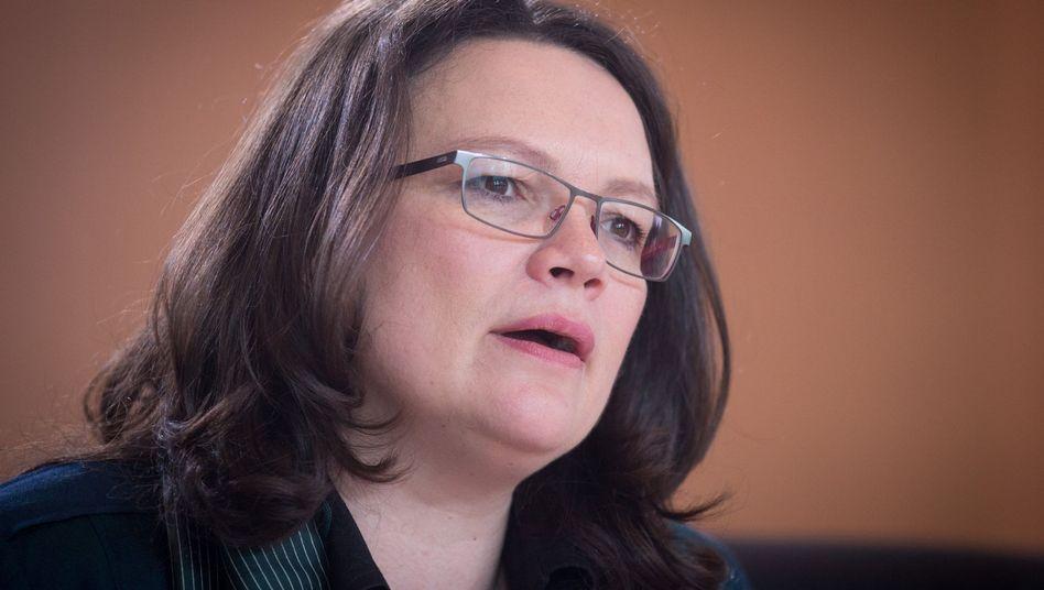Arbeitsministerin Nahles: Städte vor Überforderung schützen