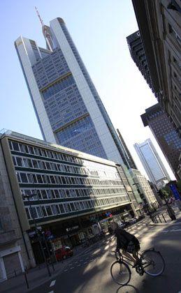 Commerzbank-Hauptquartier in Frankfurt: Sattes Plus am Aktienmarkt