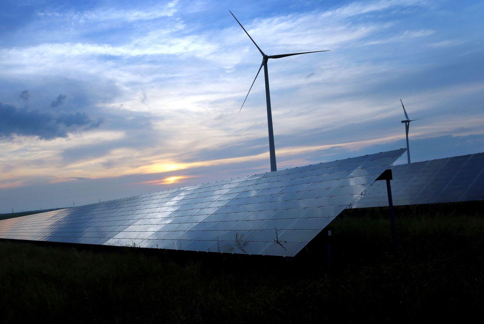 Erneuerbare Energien Windkraft Sonnenenergie
