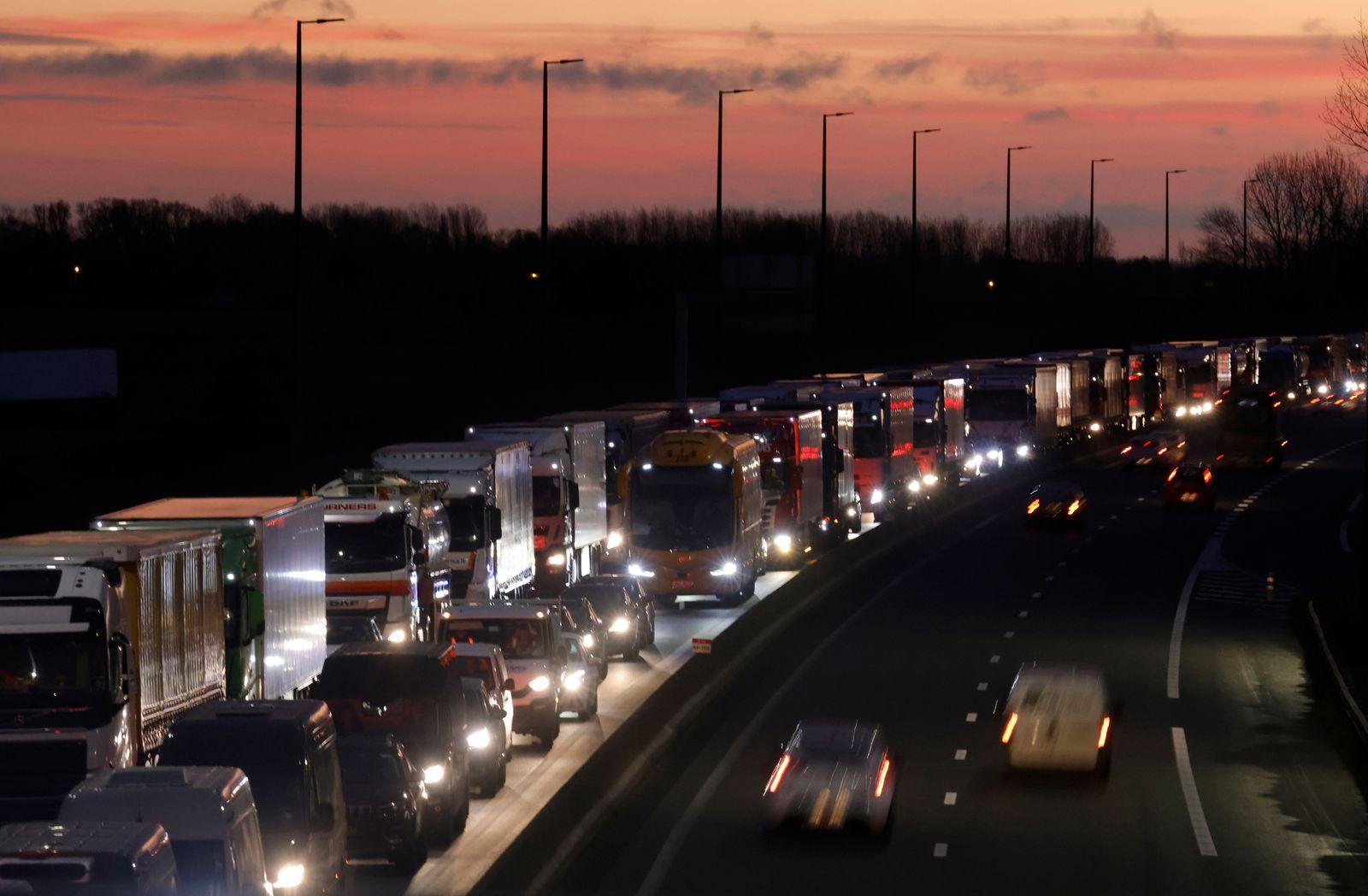 Truck traffic near Calais as Brexit nears