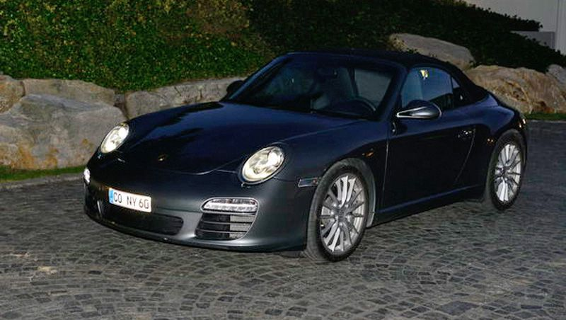 Verbotenes Nummernschild: Der Porsche von Stoschek mit Klebekennzeichen