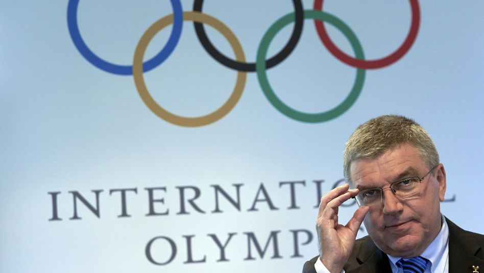 IOC-Präsident Bach: Schneller Reformprozess bei der Fifa nötig