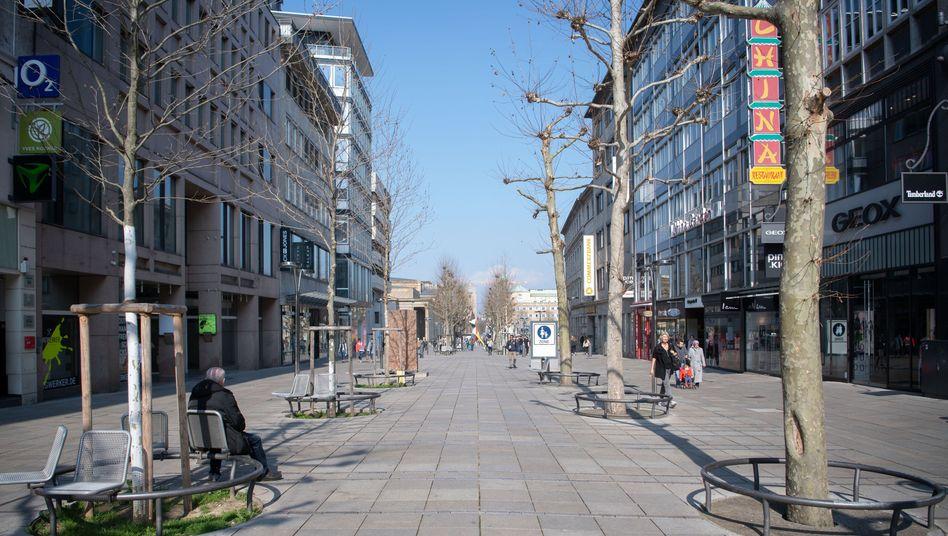 """Kaum Menschen in der Stuttgarter Innenstadt: """"Man nimmt eine Wirtschaftsnation in Gesamtisolation"""""""