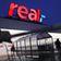 Edeka und Kaufland übernehmen 141 Real-Märkte