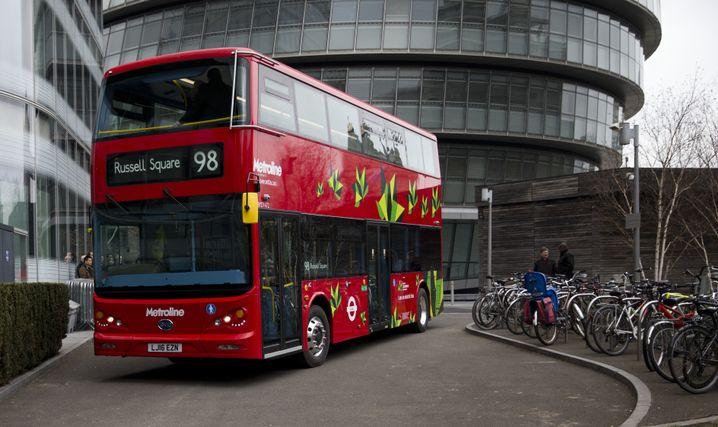 Modell eines Elektrobusses für die Stadt London