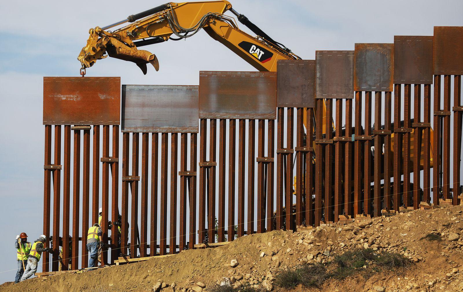 Mauer/ Trump/ Mexico/ USA