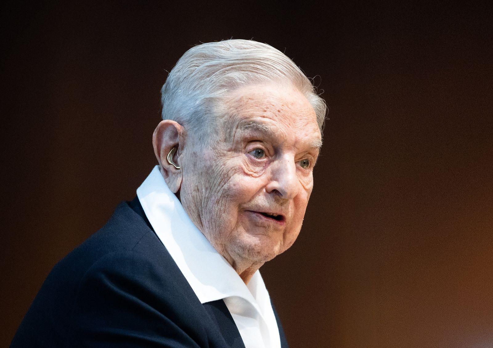 Soros erhält Auszeichnung für Förderung der Wissenschaft