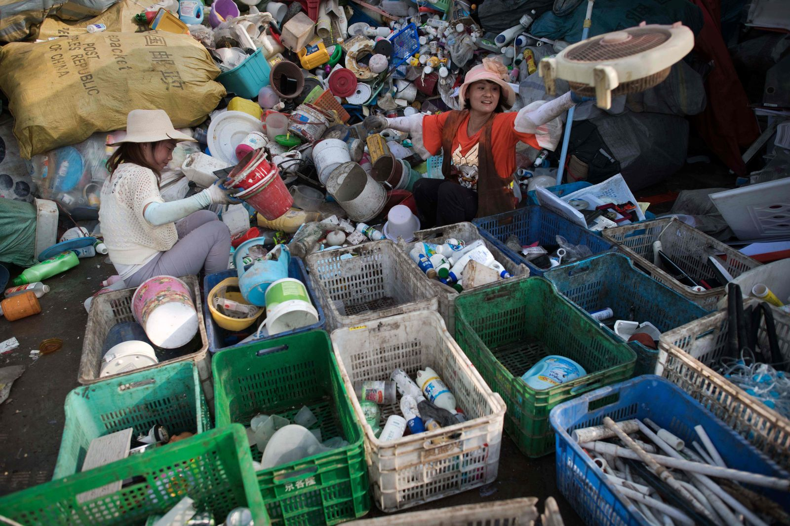 CHINA-ASIA-ENVIRONMENT-WASTE-PLASTIC