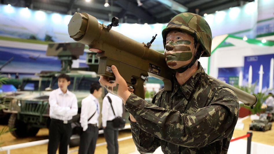 Ausstellung chinesischer Waffen: Der Export wächst schnell