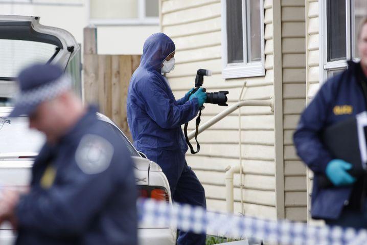 Polizisten an Haus von Verdächtigem: Anschlag auf Kaserne geplant