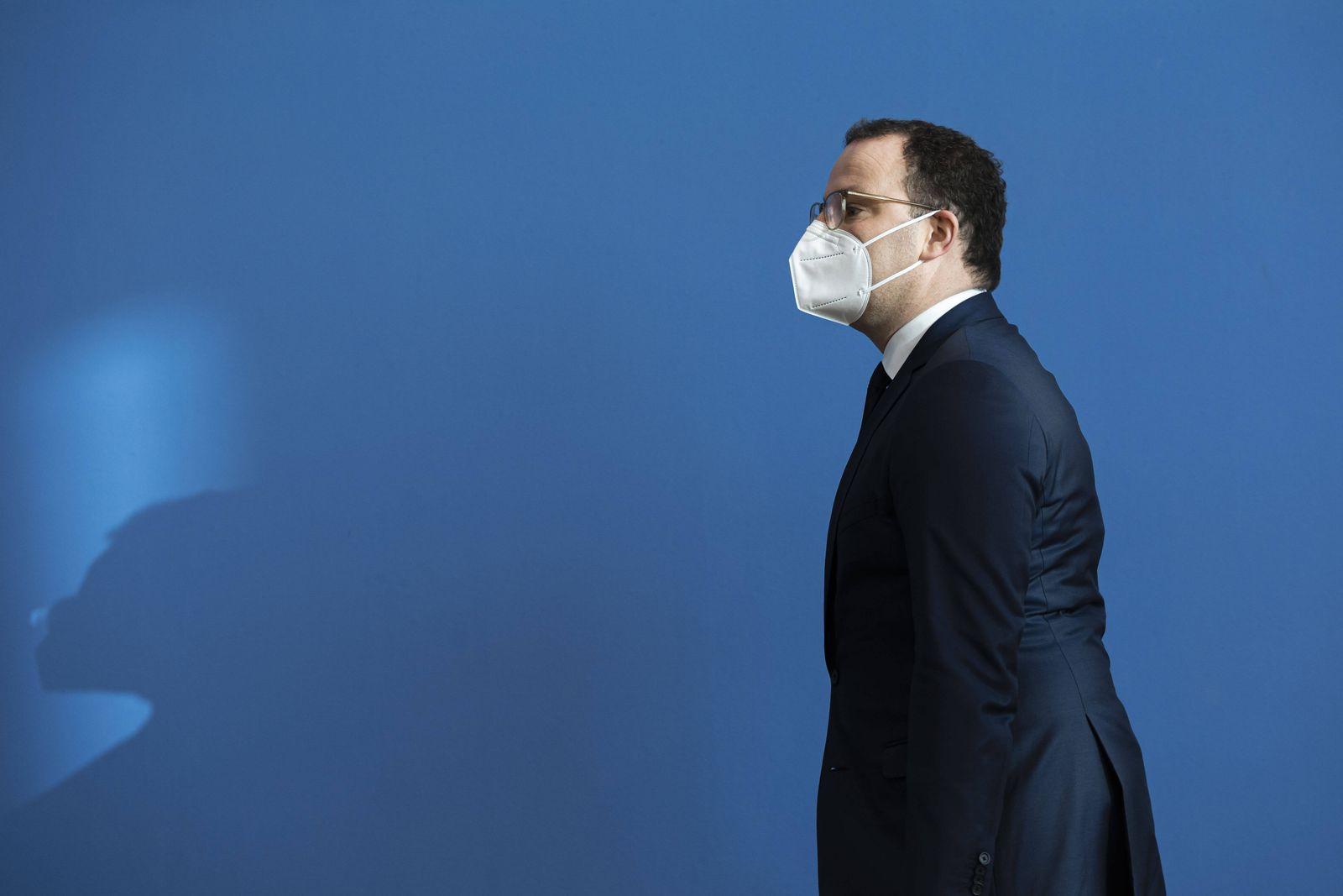 Berlin, Bundespressekonferenz, Die Pandemielage im Lockdown Jens Spahn, CDU, Bundesminister fuer Gesundheit, spricht in