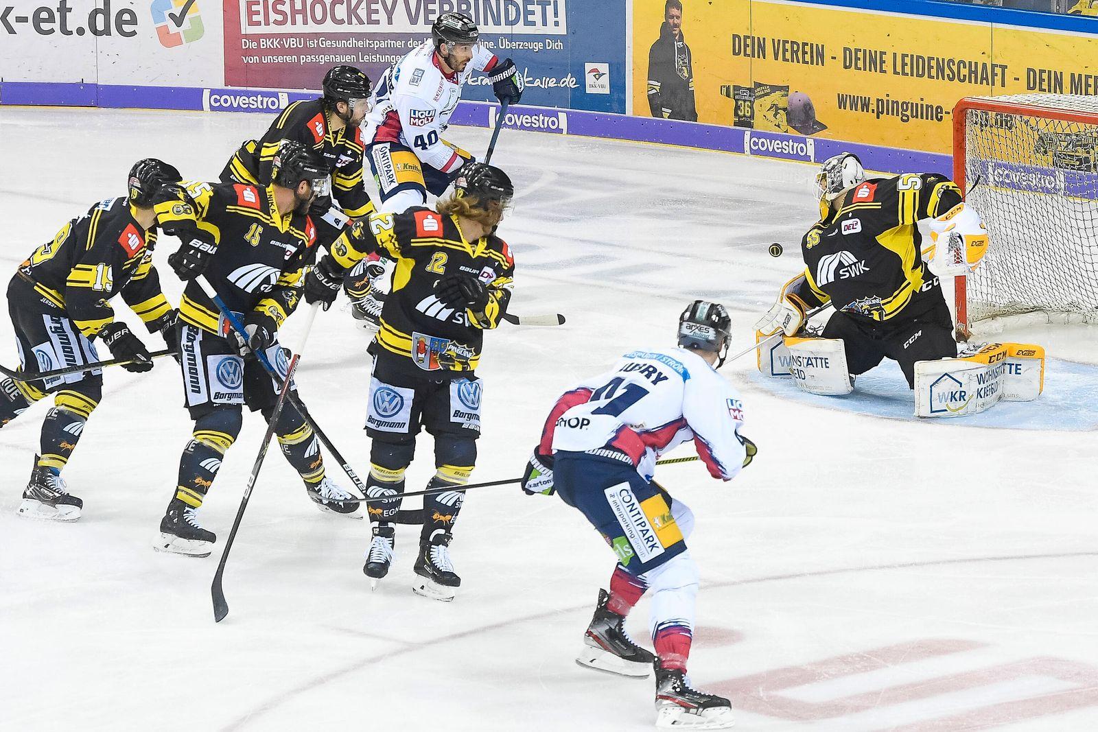 Eishockey DEL 44. Spieltag: Krefeld Pinguine vs Eisbären Berlin am 14.02.2020 in der Yayla-Arena in Krefeld Save von Kr