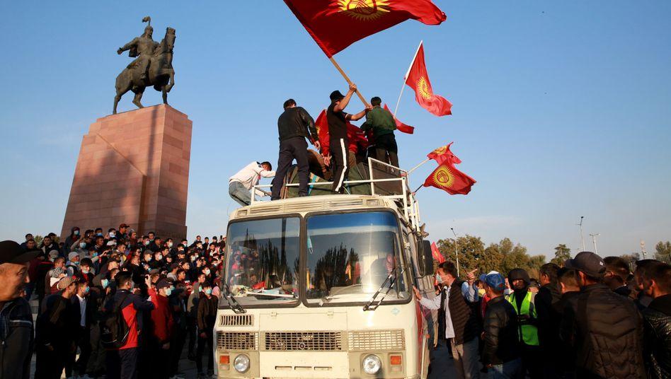 Proteste in der kirgisischen Hauptstadt Bischkek (Foto vom Montag)