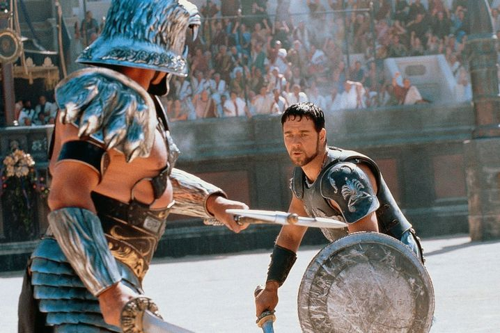 """Russell Crowe als Maximus in Ridley Scotts Historienspektakel """"Gladiator""""."""
