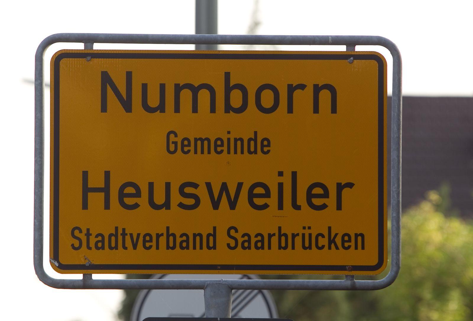 NICHT VERWENDEN Facebook-Party / Numborn