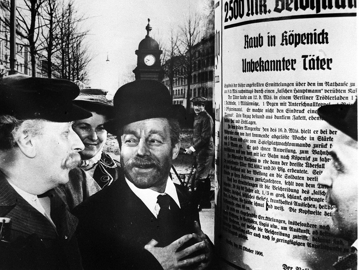Hauptmann von Köpenick: Wie Wilhelm Voigt die preußische Armee blamierte -  DER SPIEGEL
