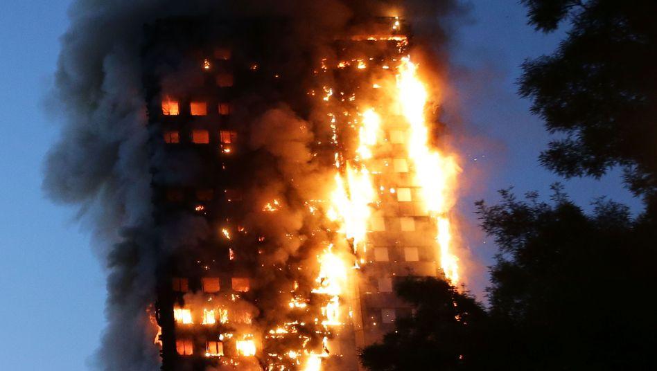 Brennender Grenfell Tower