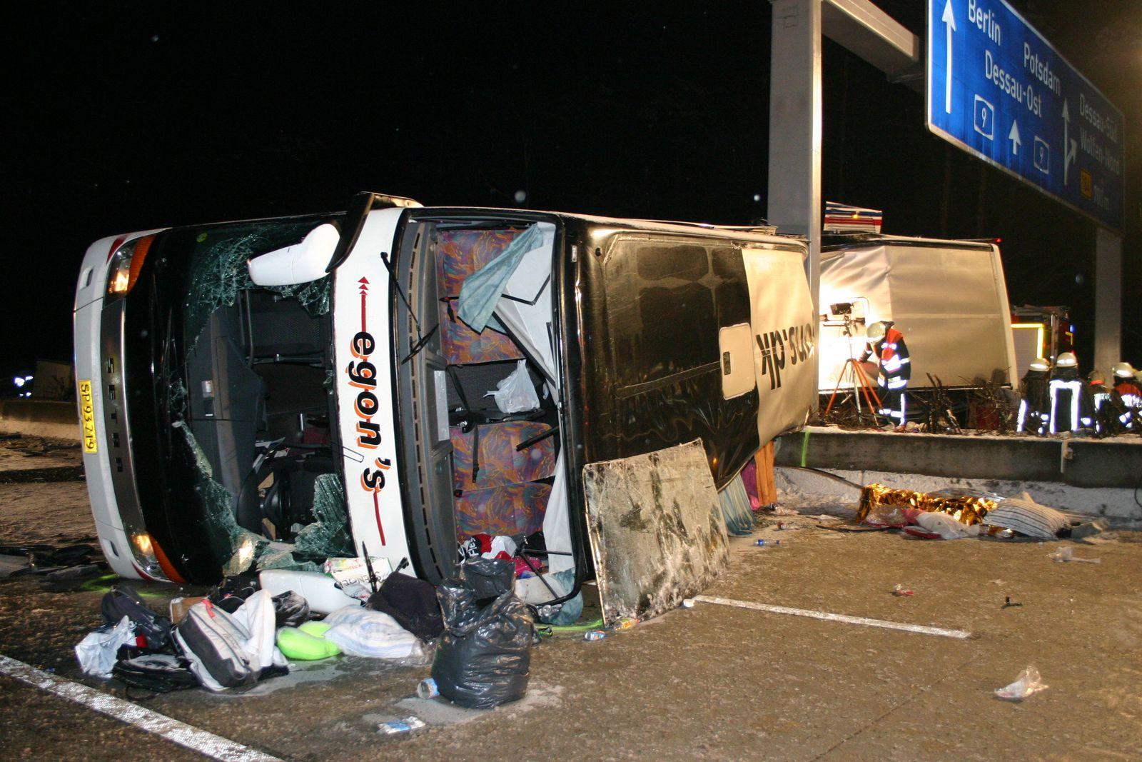 Busunfall auf der A9