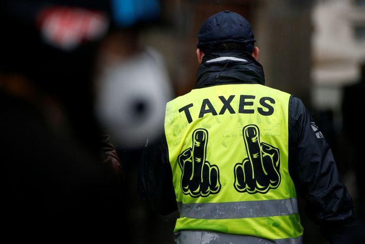 Kein Fan von Steuern: Gelbwesten-Demonstrant in Nantes