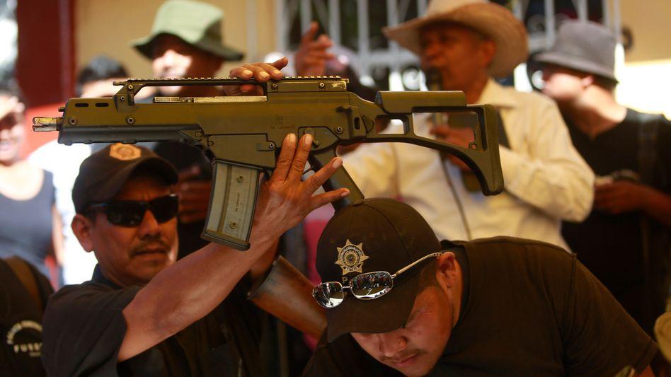 Sturmgewehr HK G36C Heckler & Koch: Bei einer Hausdurchsuchung in Mexiko beschlagnahmt