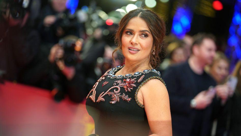 Salma Hayek (Februar 2020): »Es wurde vom Studio verlangt«