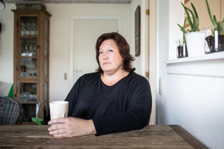 """Judith Birkenfeld an ihrem Esstisch: """"Hat mein Kind Down? Ist es kaputt?"""""""