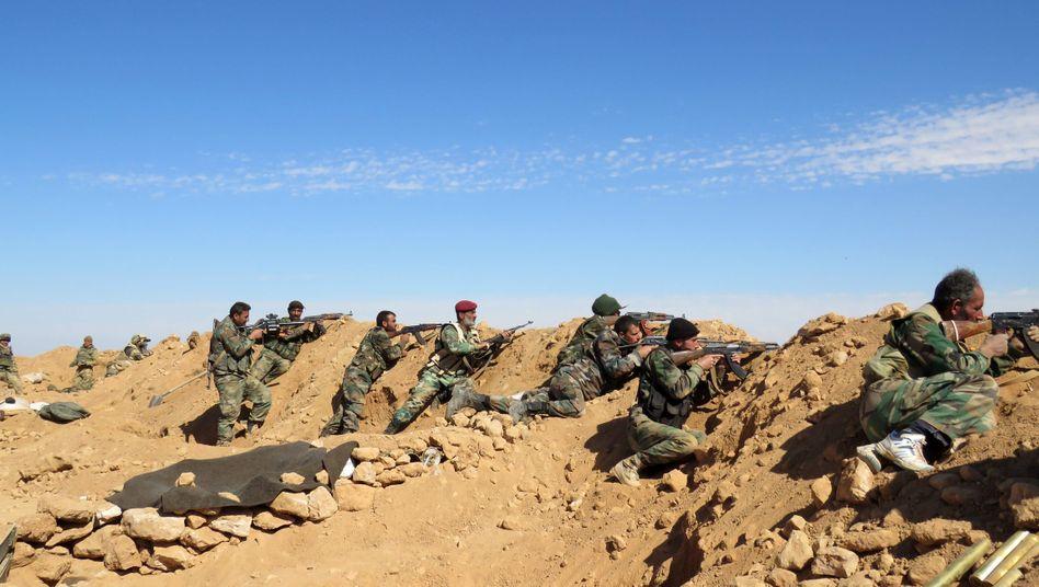 Syrische Soldaten: Außenministerium stimmt Feuerpause zu