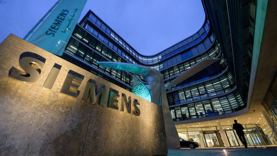 Siemens profitiert von Niedrigzinsen und Anlegern, die nach Renditen suchen