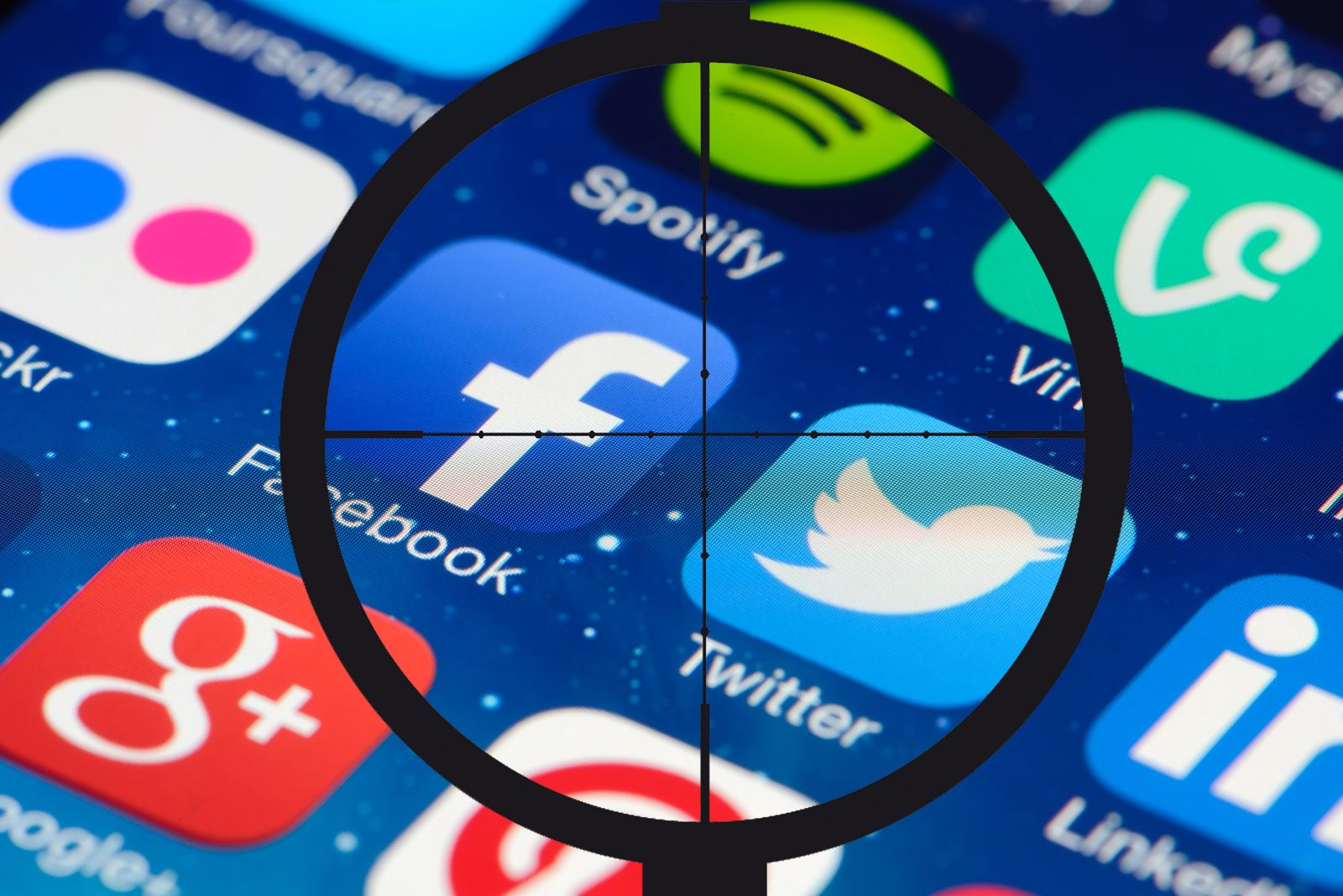 EINMALIGE VERWENDUNG Social Media / Fadenkreuz