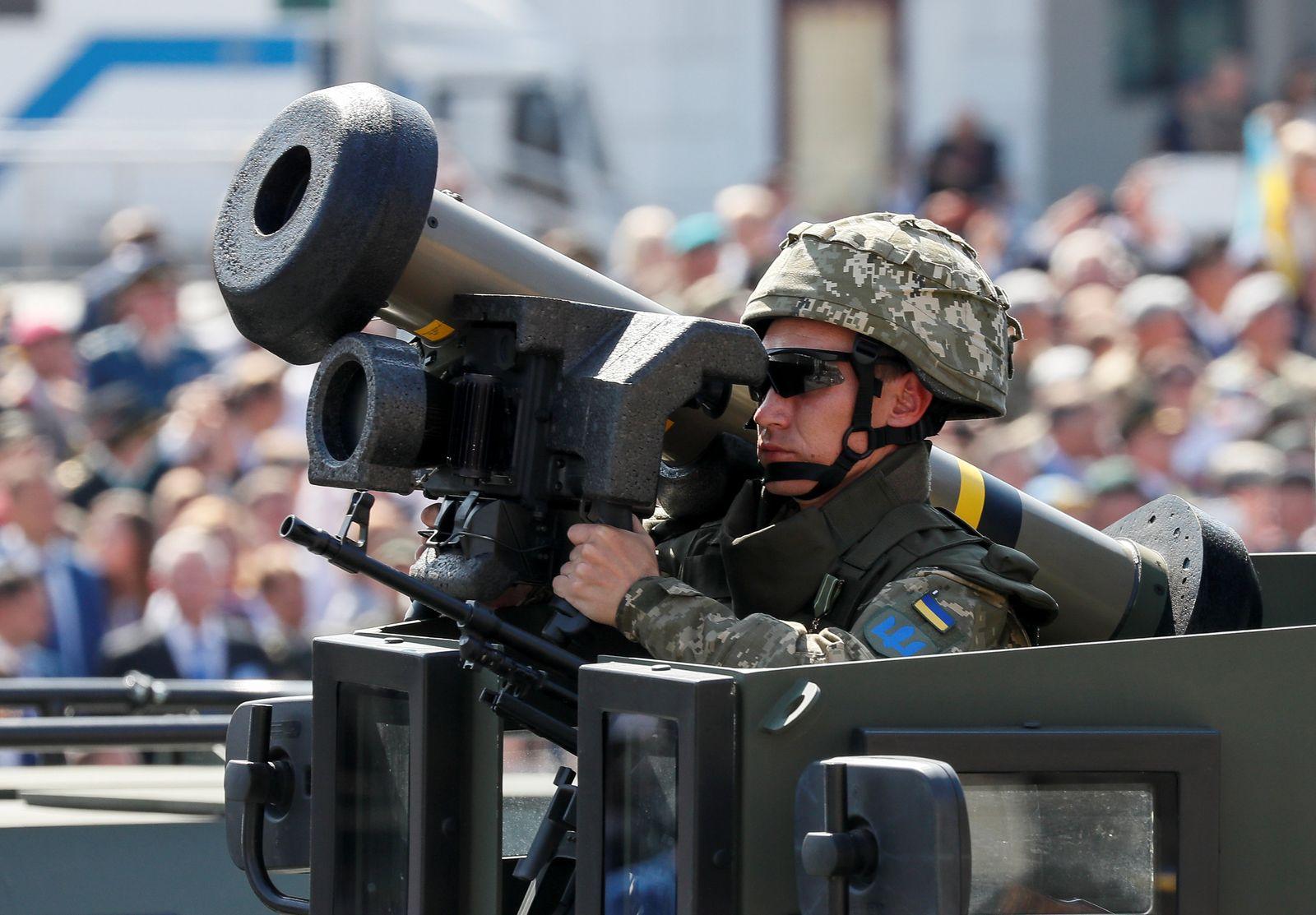 Javelin anti-tank missile Ukraine