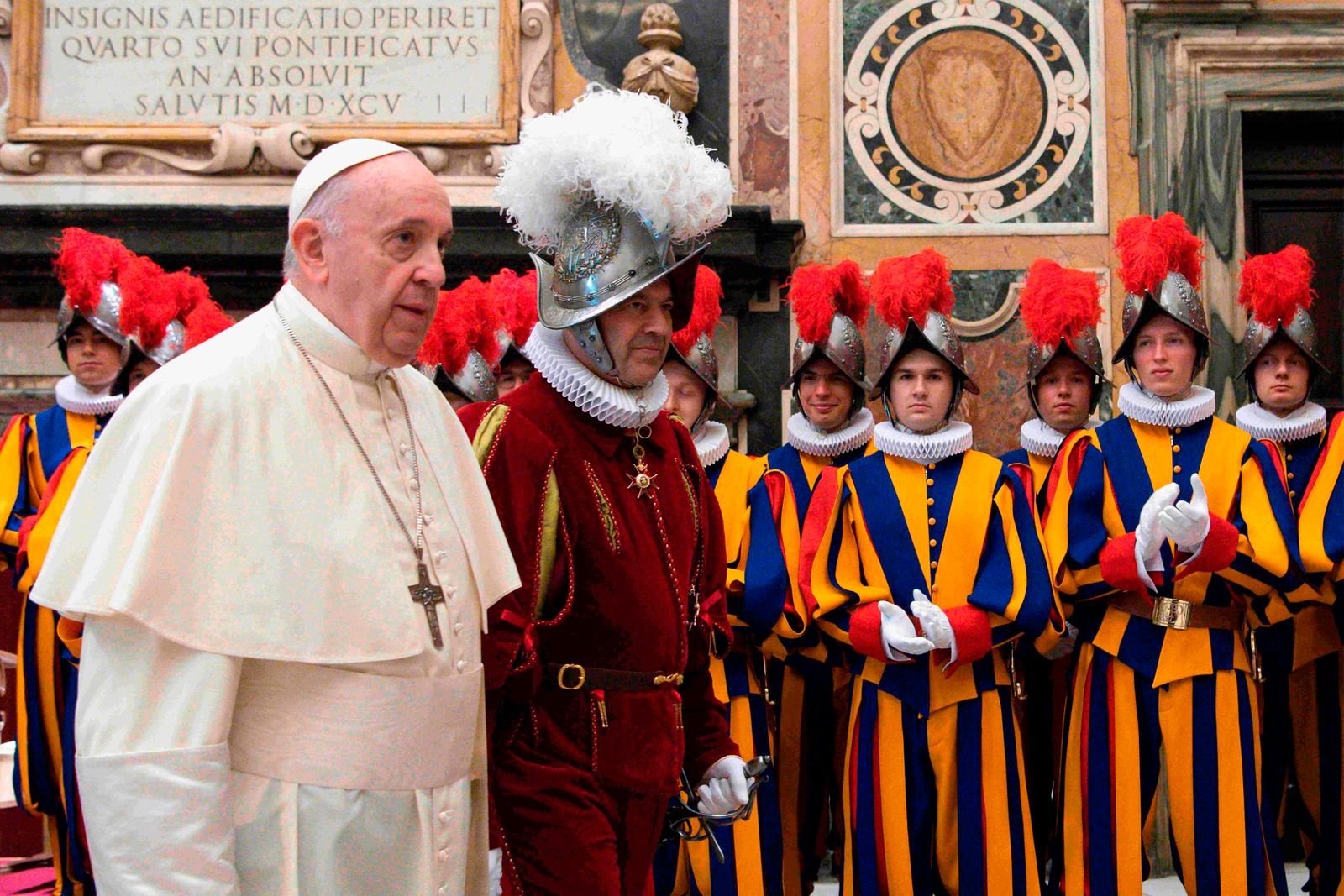 VATICAN-RELIGION-POPE-SWISS-GUARDS-RECRUITS