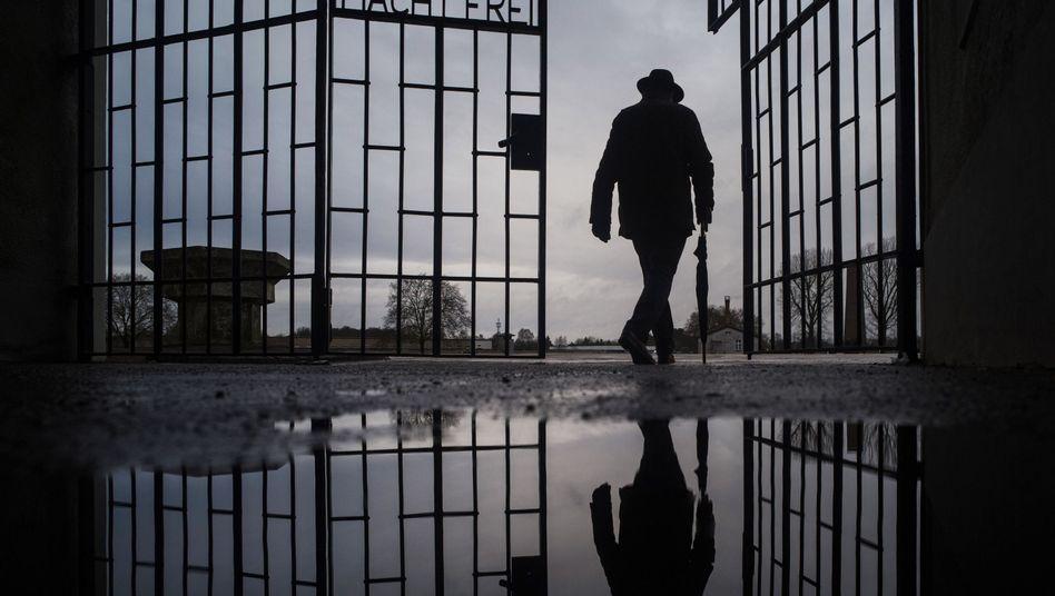 Das Eingangstor des ehemaligen KZ Sachsenhausen