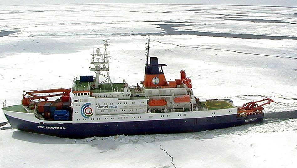 """Forschungsschiff """"Polarstern"""" (im Dezember 2001): """"Wir verstehen dieses Experiment als Teil der Klimaforschung"""