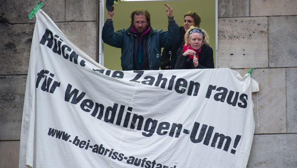 """S21-Gegner im Südflügel des Bahnhofs: """"Der Grundkonflikt kann nicht aufgelöst werden"""""""