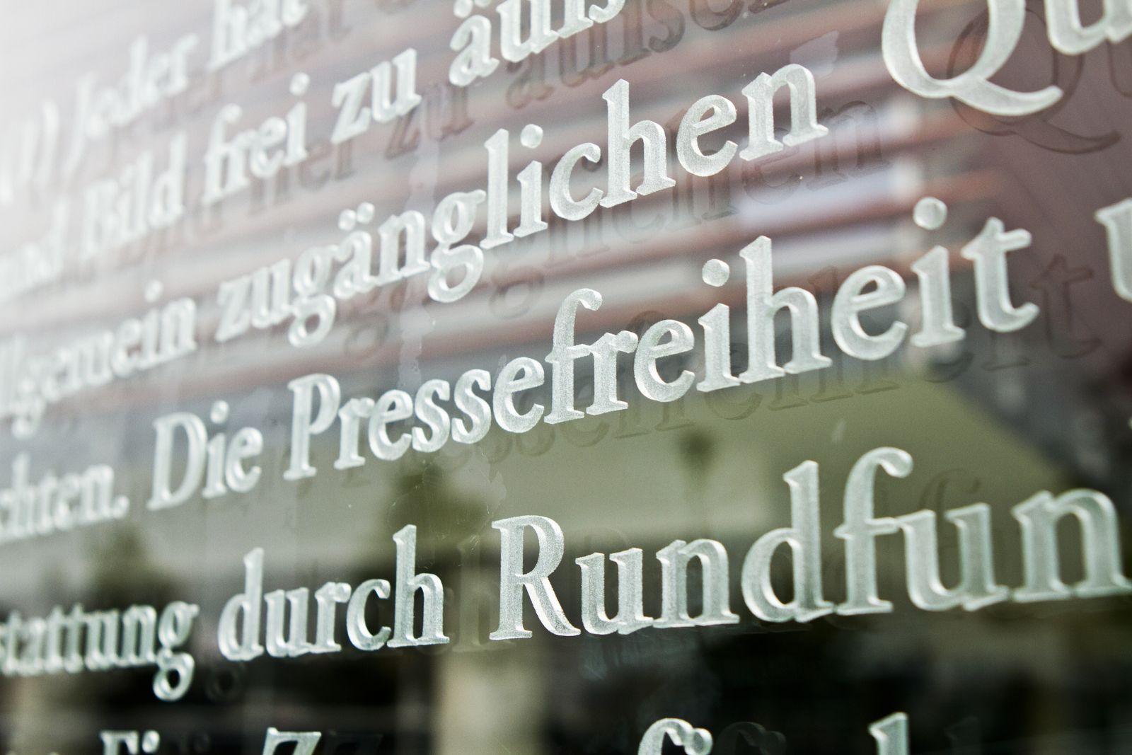 Grundgesetz Artikel 5 / Pressefreiheit