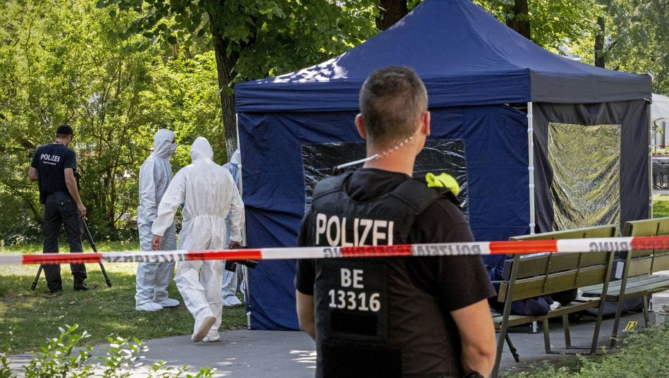 23. August 2019: Spurensicherung am Tatort in Berlin-Moabit