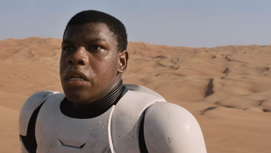 """Screenshot aus dem Trailer zu """"Star Wars: Das Erwachen der Macht"""": YouTuber haben das Werk ein wenig bearbeitet"""