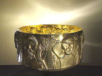 The golden Chiemsee cauldron: an aura of mystery