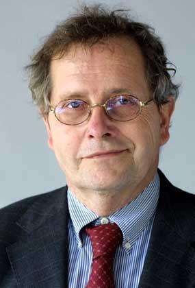 Journalist Schmid