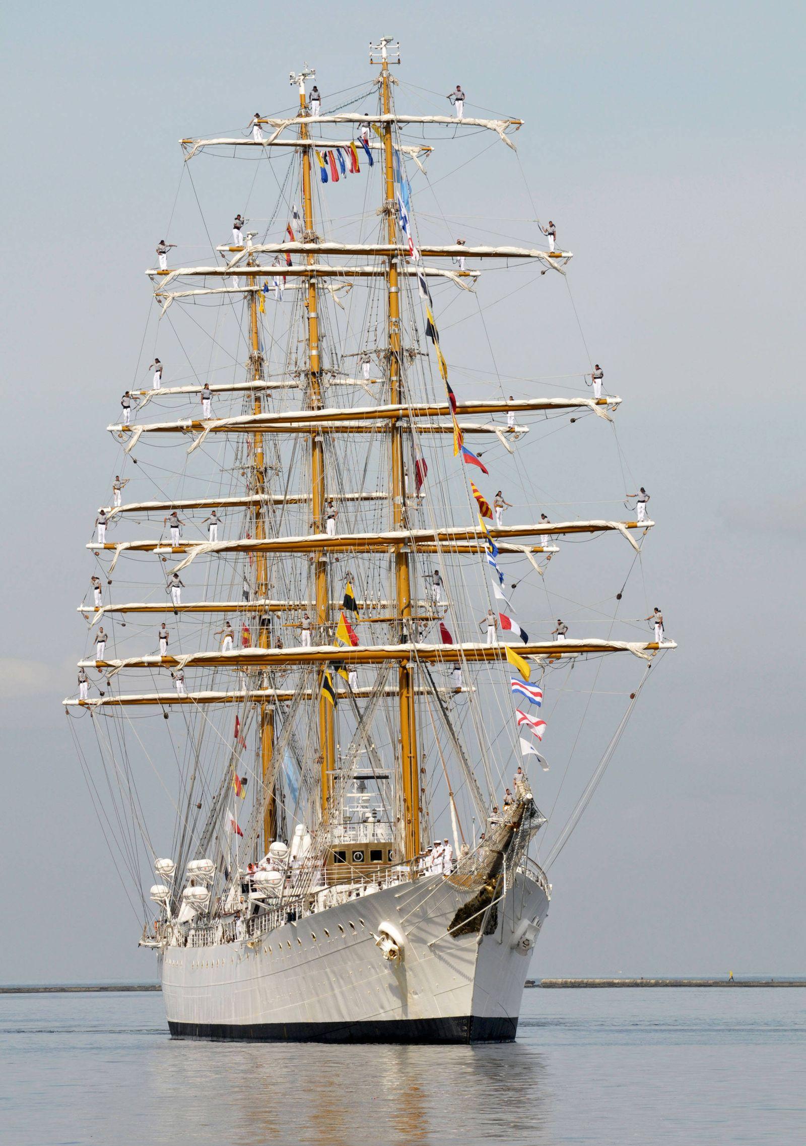 Libertad/ Marineschiff