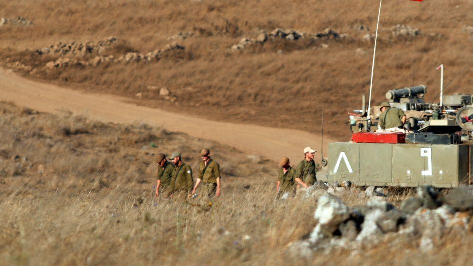 Israelische Truppen auf den Golanhöhen nahe der Grenze zu Syrien