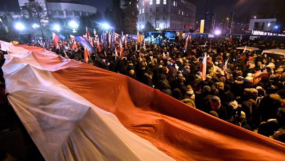Proteste in Warschau (Archivaufnahme vom Dezember 2016)