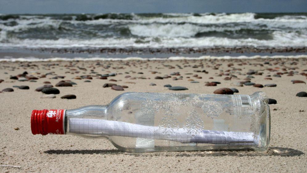 Flaschenpost aus der Ostsee: Im Meer gepostet