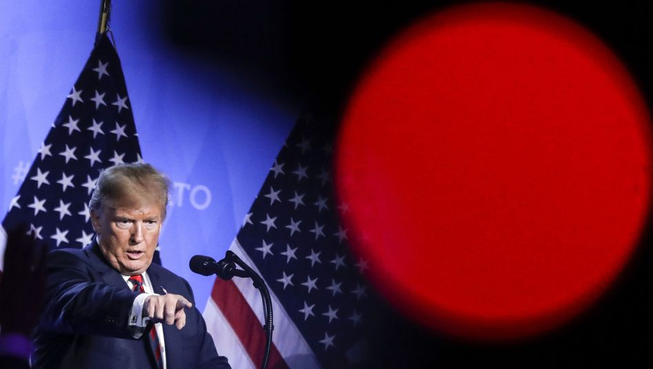 Trump beim Nato-Gipfel in Brüssel (Juli 2018)