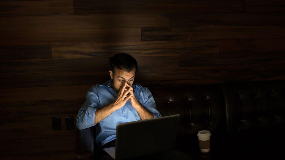 Risikofaktor Überstunden: Immer noch bei der Arbeit?